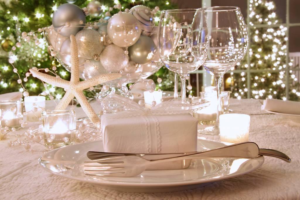 украшаем стол к новому году фото шаг найти